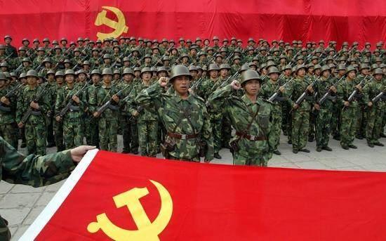 """赫赫有名的""""老虎团"""":曾击毙整编74师师长张灵甫"""