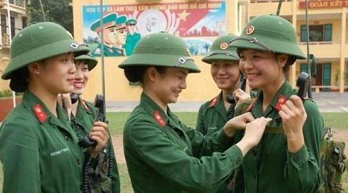 越南军队戴了50多年的绿头盔,为何会出现这样