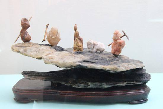 组合石需要一种发散性思维和艺术化创作