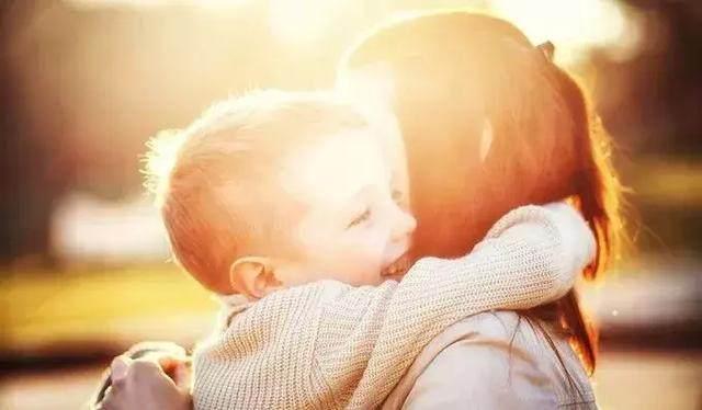 父亲的格局,母亲的情绪,决定家庭的风水-雅涵