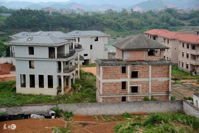 农村住房建设管理政策最新调整,这些违规房屋,不予拆除了