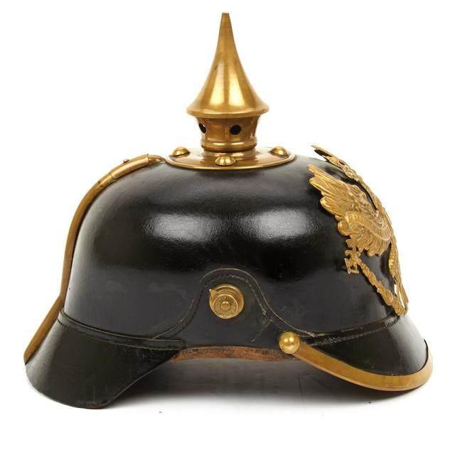 科普:一战德国士兵的头盔普遍都带尖铁吗?仅仅