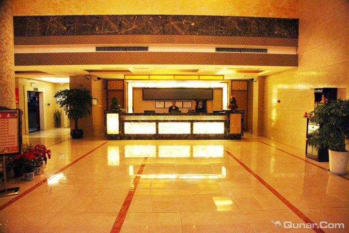 临安悦景假日酒店