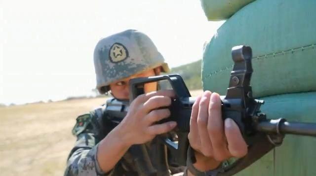 在退伍時,解放軍的士官能拿到多少的退伍費呢?