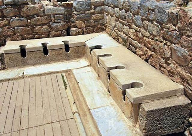 古羅馬廁所