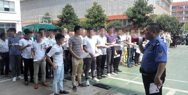 茶社内争吵声惊动民警,原是传销受害人员讨被