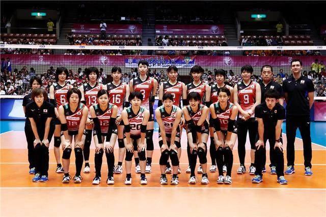 中国女排两次绽放名古屋!郎平和队员的目光,锁定3年后的日本