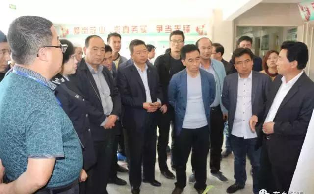 东乡县组织毒品预防教育示范学校校长赴临夏市