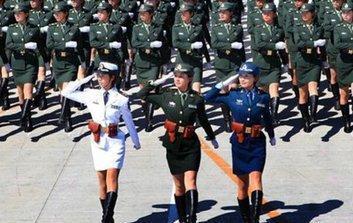 日本天文严格要求,中国女兵要求长得漂亮,原因女生学女兵图片