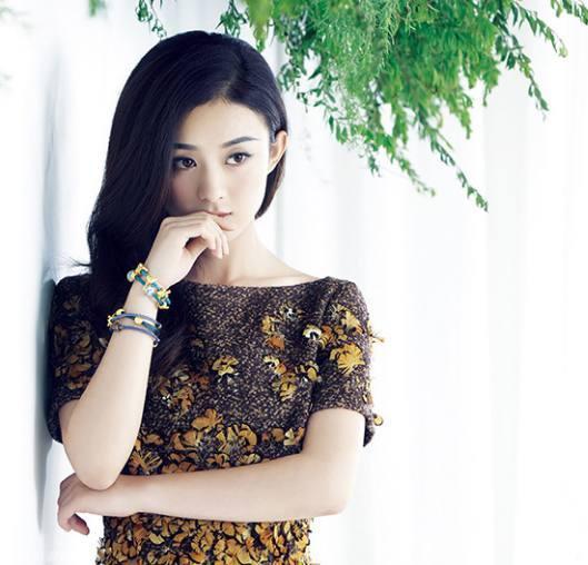 赵丽颖微博被举报 '图' 得罪谁了吗 拍个广告都这么不顺利