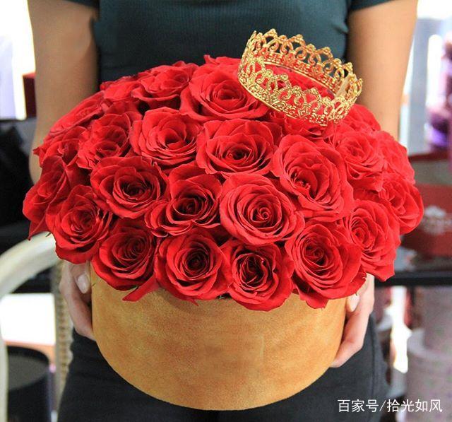 情人节玫瑰花束 三十三朵玫瑰大概多少钱