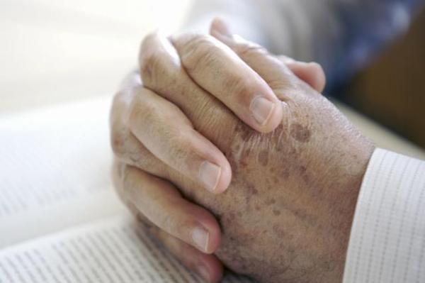 「如何去掉老年斑效果最好」淡化老年斑