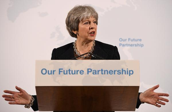 英首相公布新脱欧政策:离开欧盟统一市场和关税联盟